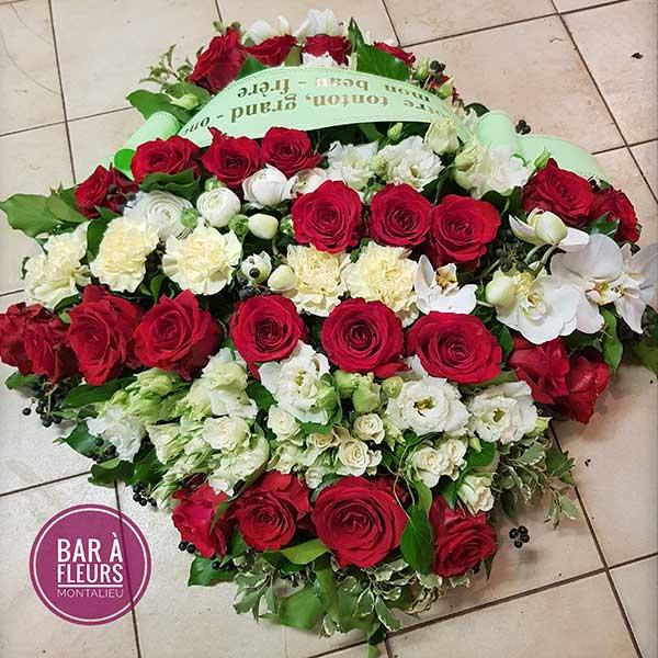 Bar à fleurs Montalieu - coussin deuil fleurs blanches et rouges