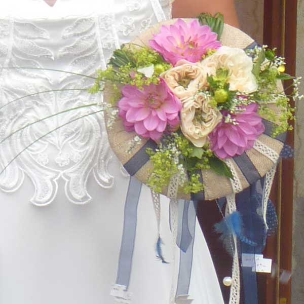Bar à fleurs Montalieu - Bouquet de mariée rose et blanc