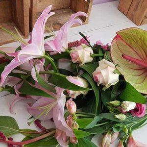 brassée de fleurs pretty in pink
