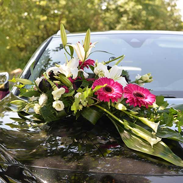 déco voiture des mariés